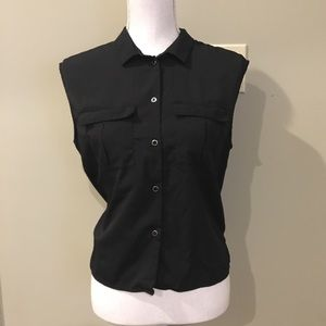 H&M Black Sleeveless Button Down Blouse